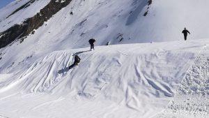 Coverice Snowfarming Schneedepot Bild1